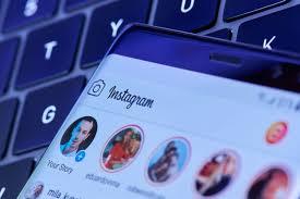come fare a ripostare una storia su instagram